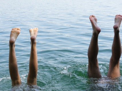 essentialoils-feet